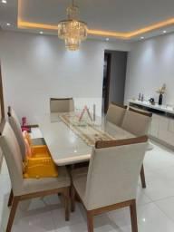 Apartamento finamente decorado, 3/4 suite, varanda ampla em Buraquinho