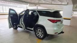 Toyota hillux sw4 2020