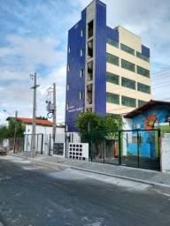 Aluguel apartamentos bairro de Fátima a 150m da UFPI