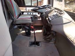 Ônibus Volvo gv1000