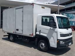 Vw delivery express 2019 categoria B  com baú de 4.20 com piso de ferro