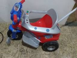 Vende -se Triciclo infantil