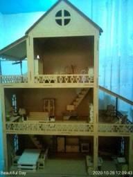 Vendo casinha de boneca