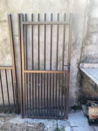 Cercas e portão