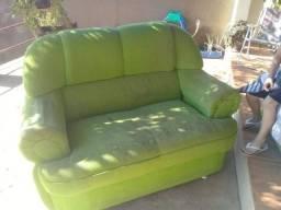 Vendo sofá de 2 E 3 lugares