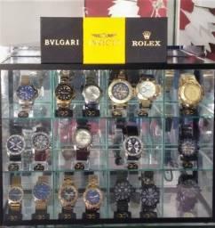 Título do anúncio: Vendo ou troco Pacote revendedor colecionador Relógios Exclusivo Premium