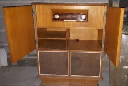 Radio AM valvulado Philips antigo gigante original