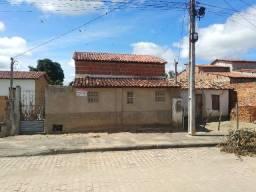 Vende- se casa com 3 quartos ,sala ,cozinha e banheiro, Serrolândia -Bahia