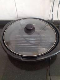 Cook e grill 40 da Mondial( está sem a caixinha que armazena a saída da gordura)