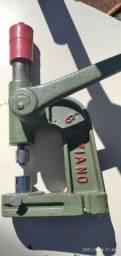 Máquina de botão Graziano n7 Tam g