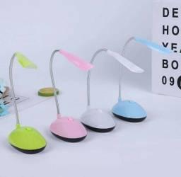 Luminária de Mesa Dobrável de LED para Leitura à Noite