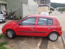 Clio authentique 2006 hatch