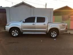 Vendo hillux 2009/2009 4x4 diesel. Vendo ou troco pro carro no valor até 30 mil - 2009