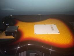 Guitarra Dolphin Stratocaster St Rocket Black