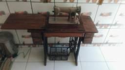 Máquina de costura 200 R$