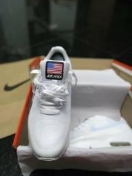 50a74bf344 Tênis Nike Air Max USA lindos modelos !