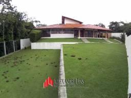 Condomínio Jardim Petrópolis I, Fina Casa com 3 Suítes e Lote com mais de 1000 m²