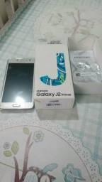 Samsung j2 prime de 16 giga e 2 de RAM tela 5 com Flash frontal top celular