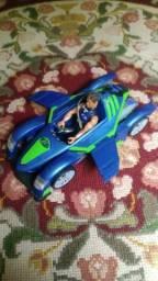 Max Steel carro turbo com boneco antigo