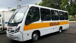 Micro ônibus escolar de 35 lugares