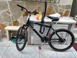 Bike semi nova pegar a andar
