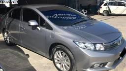 Vende-se Honda Civic, 2014, automático, completo - 2014