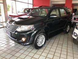 Toyota Hilux SW4 SRV_3.0D4-D_AUT._4X4_7LgareS_ExtrANoA_LacradAOriginaL_RevisadA - - 2013