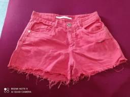 Short vermelho