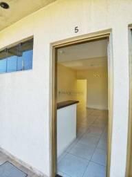 Kitnet com 1 dormitório para alugar, 30 m² por R$ 615,00/mês - Parque Amazônia - Goiânia/G