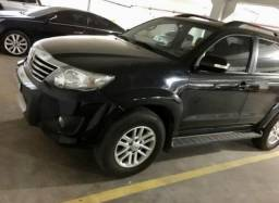 Hilux sw4 3.0 7 lugares - 2015