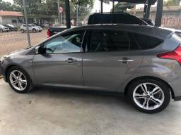 Vendo Ford Focus hatch 2.0