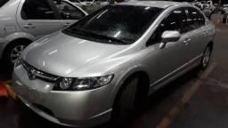 Civic 1.8 Lxs Automático. TOP!! Vendo ou troco por Hrv, Cruze 1.4, Civic 16 ou 17.