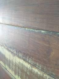 Painel de TV em madeira demolição 10xcartão