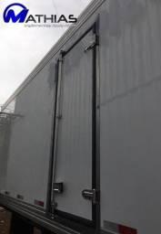 Título do anúncio: Camara fria nova 5.20m 2 portas traseiras e 1 lateral Mathias Implementos