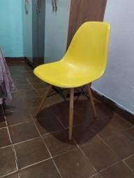 Título do anúncio: Cadeira pés madeira
