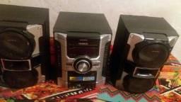 Título do anúncio: 2 caixas de som e aparelho completo com defeito