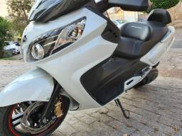 Título do anúncio: Vendo Scooter Dafra Maxsym 400i 2020 Impecável