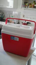 Vendo caixa térmica nova 34L