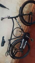 Vende-se bicicleta monarque quadro antigo
