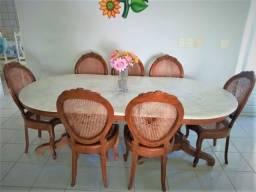 Mesa de Jantar madeira e mármore + 8 cadeiras Medalhão Entalhada- estilo Luiz XV
