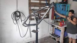 Suporte para manutenção de bicicletas