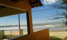 Casa de Frente para o Mar em Praia Grande - Nova Almeida - Espirito Santo