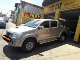 Hilux 3.0 4x4 diesel Ano 2015 - 2015