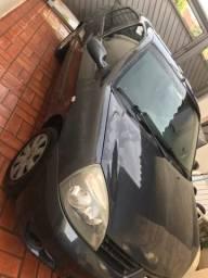 Clio Sedan vendo ou troco - 2007