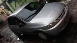 Carro: Celta 04 portas - 2005