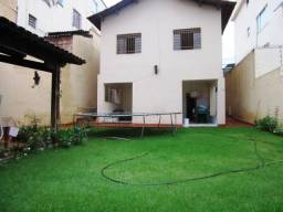 Oportunidade. Casa no melhor ponto do Carlos Prates. Conheça!