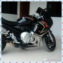 Suzuki Gsx - 2010