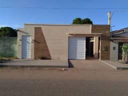 Vende-se casa de 02quartos e 01suíte no bairro Novo Horizonte. Não Financia!