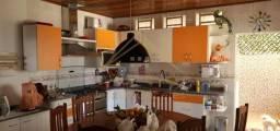 Casa com 2 quartos - Bairro em Cuiabá