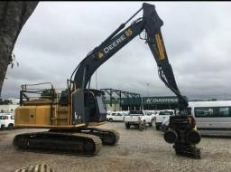 Escavadeira John Deere 2016